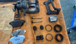 アルファロメオ156 ブレーキ系統の整備<br>キャリパーオーバーホールも交えて