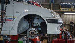 106ラリー16V フロントサスや駆動系のリファイン