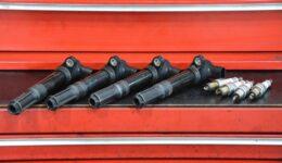 フィアット500 エンジンチェックランプ点灯修理<br>警告灯の点灯 1400には多い事例
