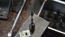 ルーテシアの定番作業<br>シフトコントロールボックスの修理