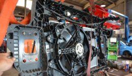 アルファ・ミト・イモラ 18万KM <br>ラジエタ回りを組み換えてその後は塗装へ出かけます
