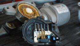 フィアット500 ワイパー作動不良の原因は?<br>電気系統トラブルでした